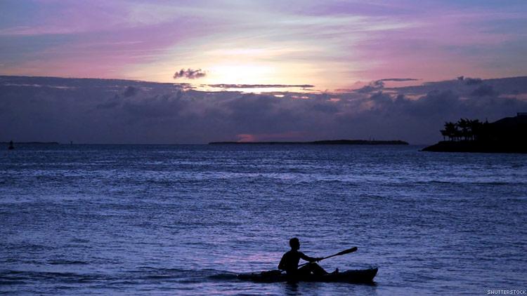 kayak750x422.jpg