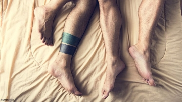 sleeping-gaysx750.jpg